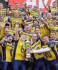 Perfect Season. Ohne Niederlage steigen die Wiesbaden Phantoms in die 2. Bundesliga Süd auf  (c) Sidelineview.de